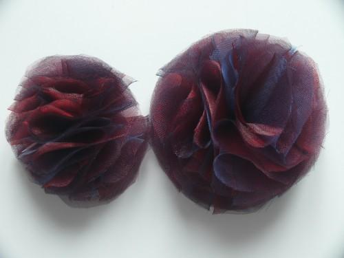 ozdobne kwiaty z organzy