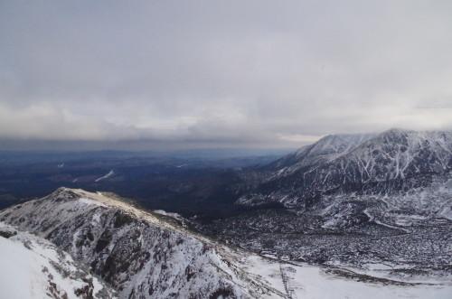 Widok z Kasprowego Wierchu - granica śniegu