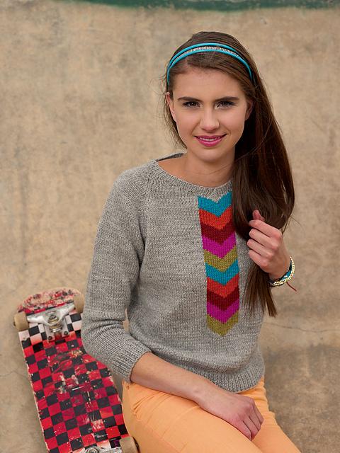 Sweter Emmanuelle - prosty i efektowny wzór do wykorzystania niewielkich kawałków