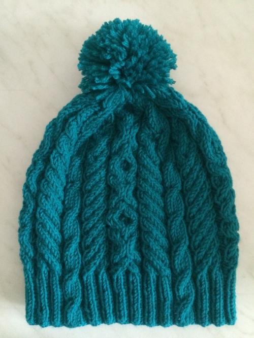 czapka w warkocze